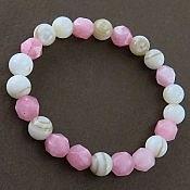 دستبند صدف و جید خوش رنگ زنانه