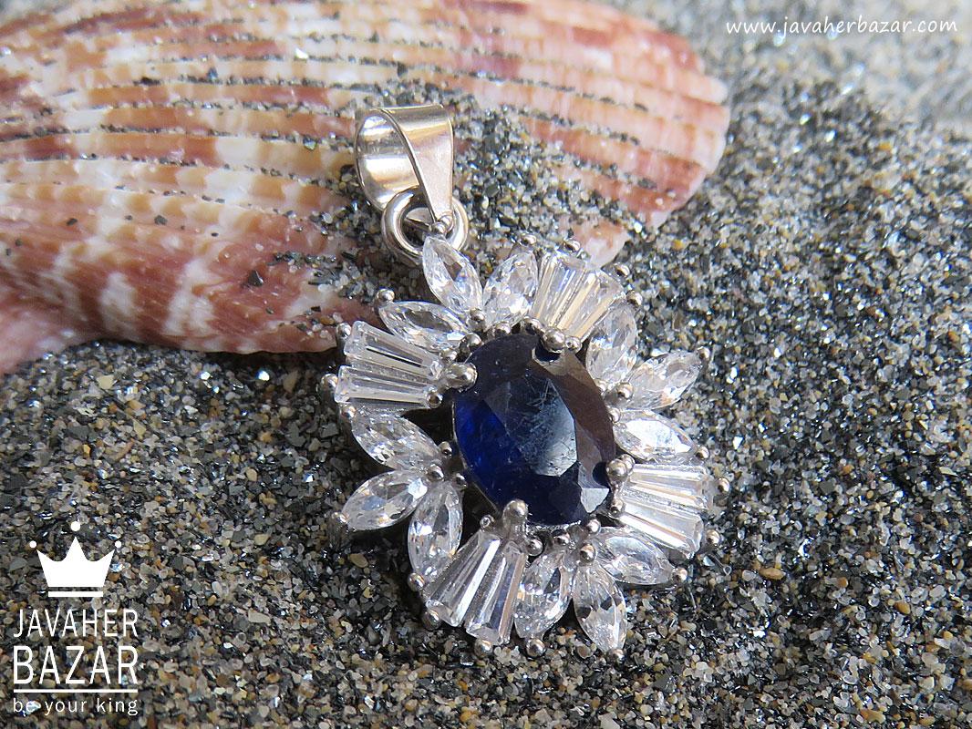 تصویر عکس خرید ، قیمت و خواص مدال یاقوت آبی زنانه اصل