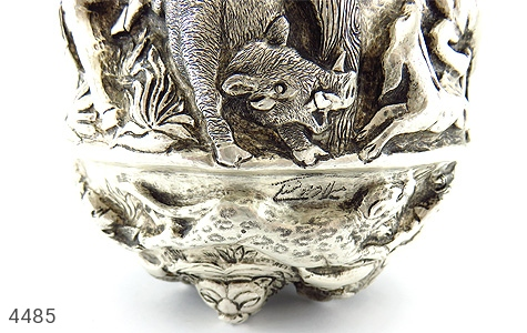تصویر تندیس نقره قلم زنی شکارگاه (گلدان نقره) - شماره 11