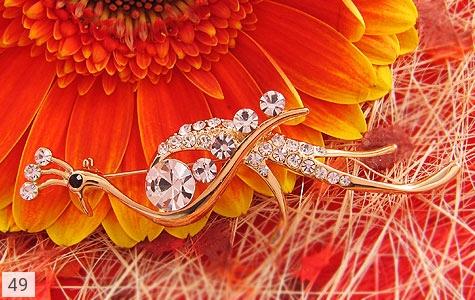 عکس گل سینه طاووس زنانه - شماره 4