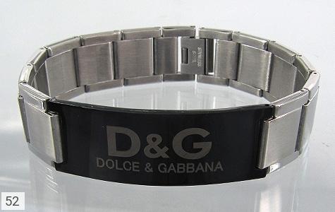 عکس دستبند استیل مارک دار مردانه - شماره 1