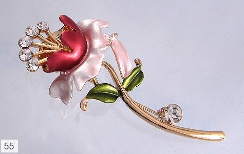 عکس گل سینه رز زنانه