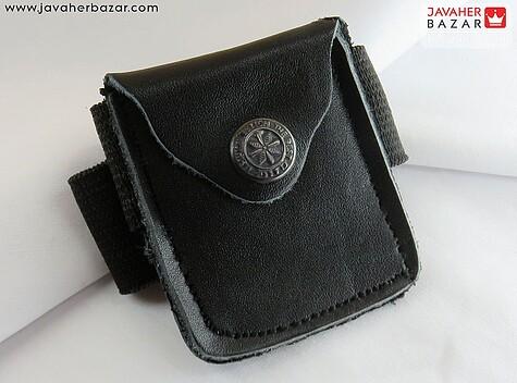 کیف چرم طبیعی بازوبند سیاه همراه حرز امام جواد ع