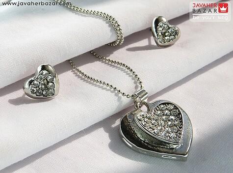 سرویس تیتانیوم طرح قلب به همراه زنجیر  - 62002