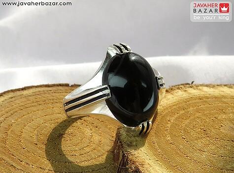 انگشتر نقره عقیق سیاه ساده طرح چهارچنگ مردانه
