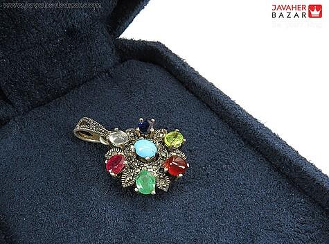 مدال نقره چندنگین زیبا