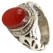 انگشتر عقیق یمن قرمز خوش رنگ نگین برجسته مردانه