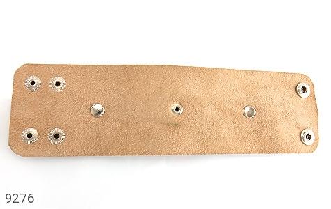 تصویر دستبند چرم طبیعی طرح گل درشت پهن زنانه - شماره 2