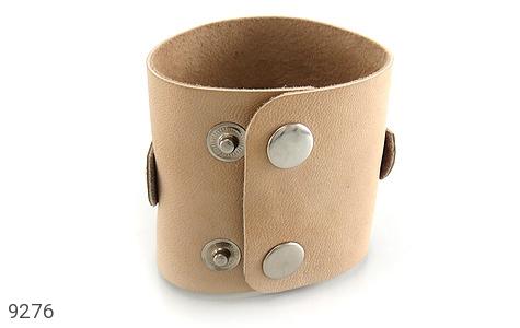 تصویر دستبند چرم طبیعی طرح گل درشت پهن زنانه - شماره 4