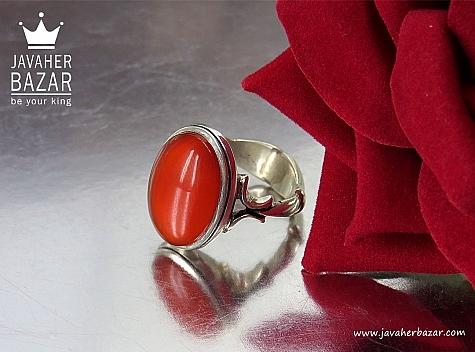 انگشتر قرمز