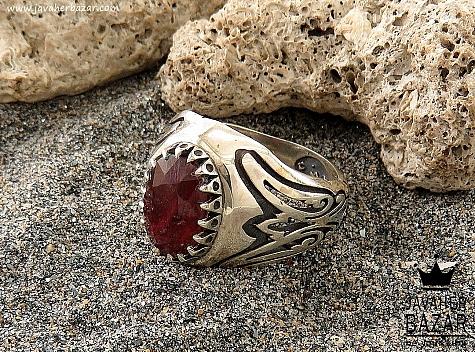 انگشتر یاقوت آفریقایی قرمز