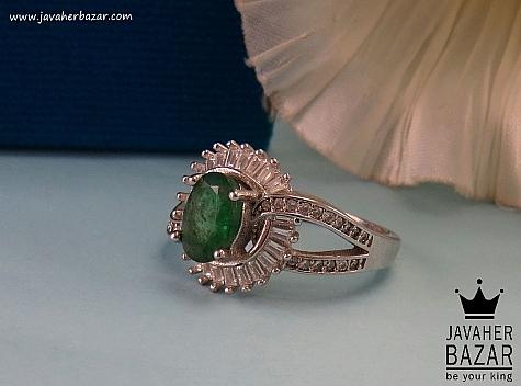 انگشتر زمرد سبز زنانه
