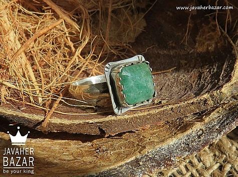 انگشتر نقره زمرد طرح شاهانه مردانه دست ساز - 42368