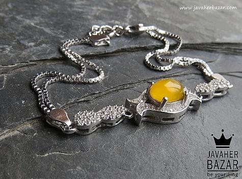 عکس دستبند عقیق زرد زنانه