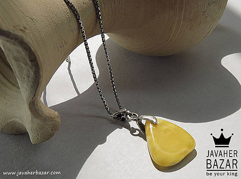 عکس مدال کهربا زرد