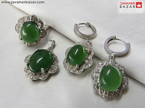 عکس سرویس یشم هندی سبز