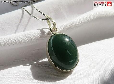 عکس مدال یشم سبز زنانه
