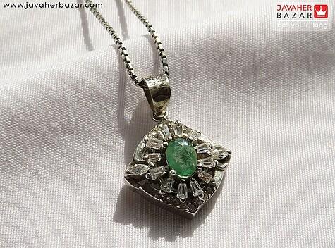 عکس مدال زمرد زامبیا سبز زنانه